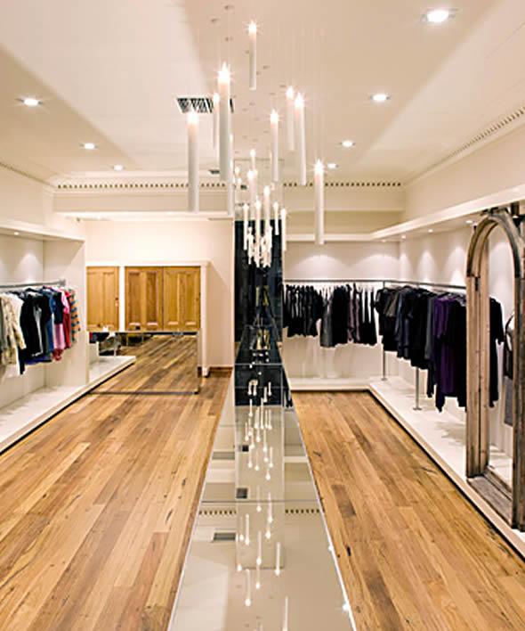 Lighting Retail Stores: Shoppen In Oud-Turnhout Voorbeeld GEABONNEERDE Zaak